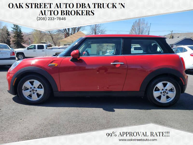 2014 MINI Hardtop for sale at Oak Street Auto DBA Truck 'N Auto Brokers in Pocatello ID