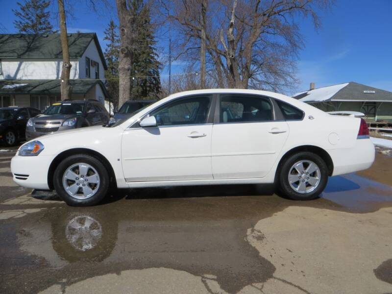 2008 Chevrolet Impala for sale at The Car Lot in New Prague MN