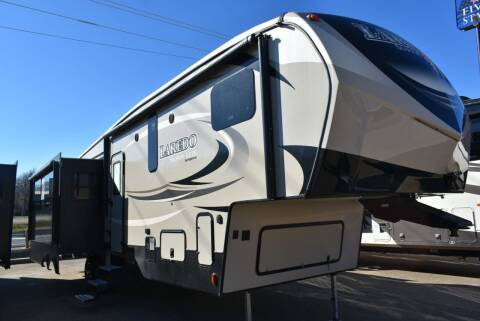 2018 Keystone Laredo 296MBH for sale at Buy Here Pay Here RV in Burleson TX
