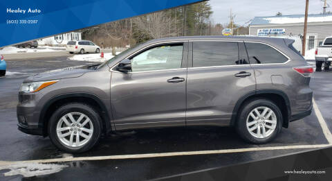 2015 Toyota Highlander for sale at Healey Auto in Rochester NH