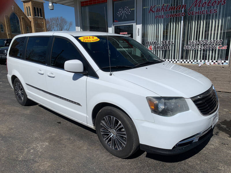 2014 Chrysler Town and Country for sale at KUHLMAN MOTORS in Maquoketa IA