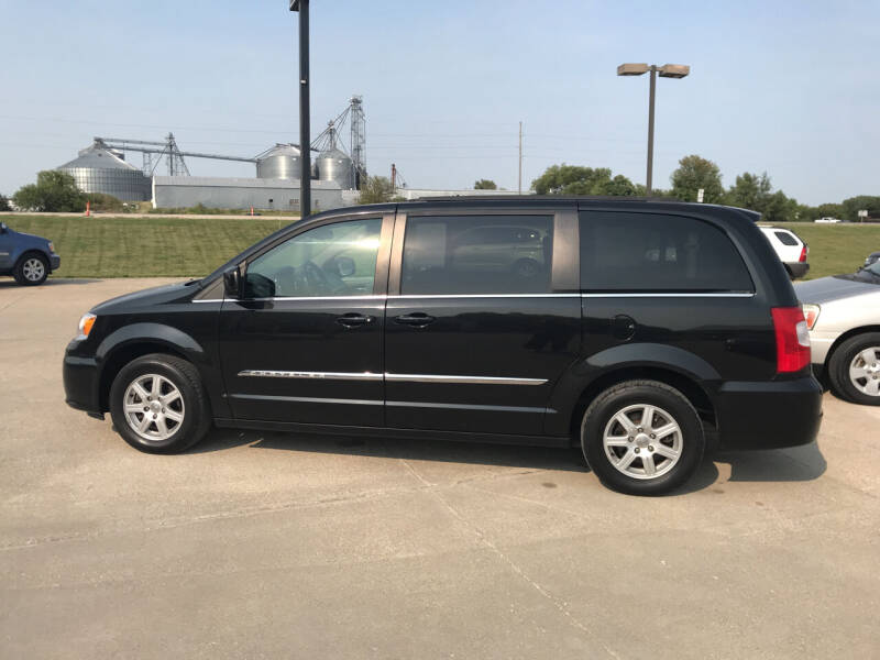 2012 Chrysler Town and Country for sale at Lanny's Auto in Winterset IA