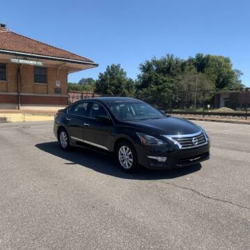 2015 Nissan Altima for sale at FIRST CLASS AUTO SALES in Bessemer AL