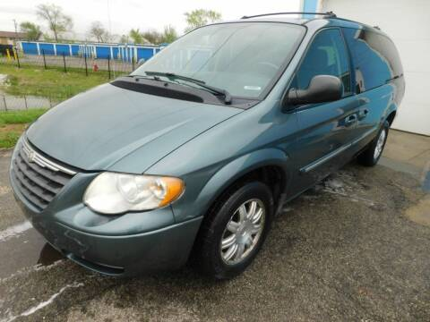 2005 Chrysler Town and Country for sale at Safeway Auto Sales in Indianapolis IN