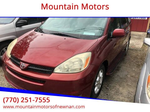 2004 Toyota Sienna for sale at Mountain Motors in Newnan GA