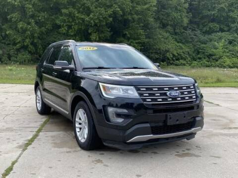 2017 Ford Explorer for sale at Betten Baker Preowned Center in Twin Lake MI