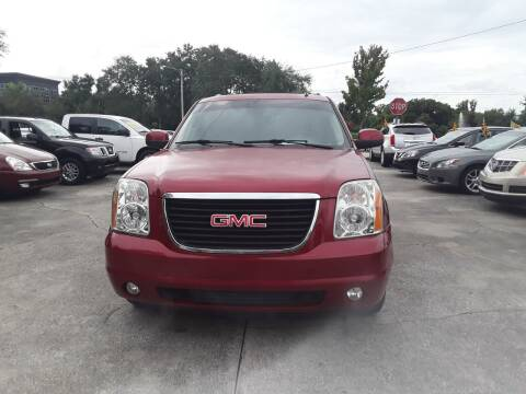 2013 GMC Yukon XL for sale at FAMILY AUTO BROKERS in Longwood FL