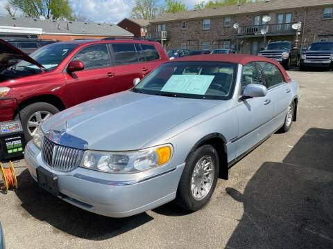 1998 Lincoln Town Car for sale at 4th Street Auto in Louisville KY