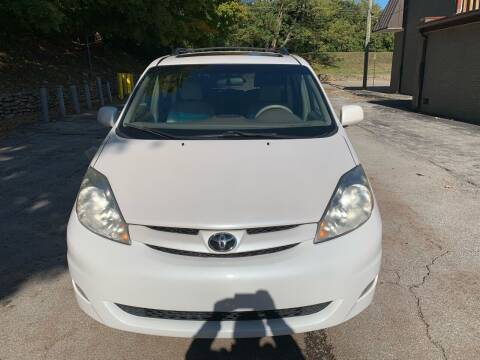 2006 Toyota Sienna for sale at Abe's Auto LLC in Lexington KY