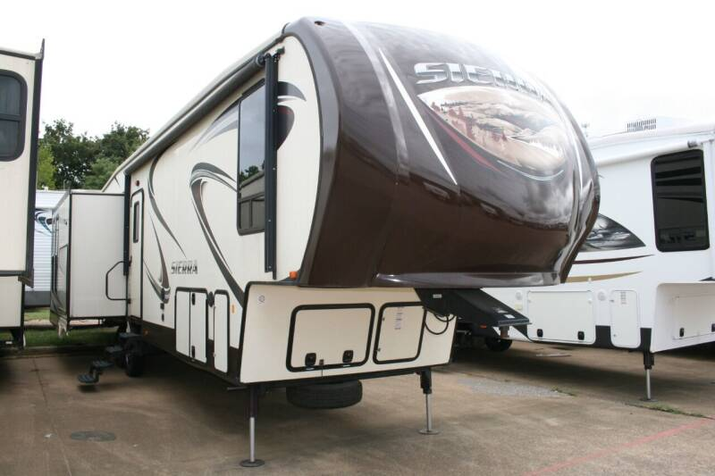 2016 Forest River Sierra 375RKS Rear Kitchen for sale at Buy Here Pay Here RV in Burleson TX