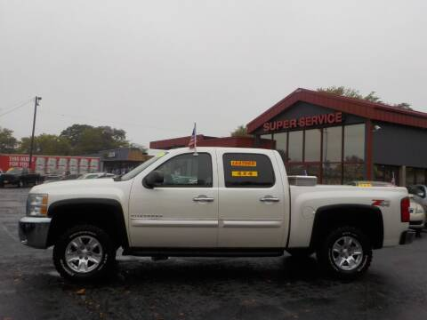 2012 Chevrolet Silverado 1500 for sale at Super Service Used Cars in Milwaukee WI