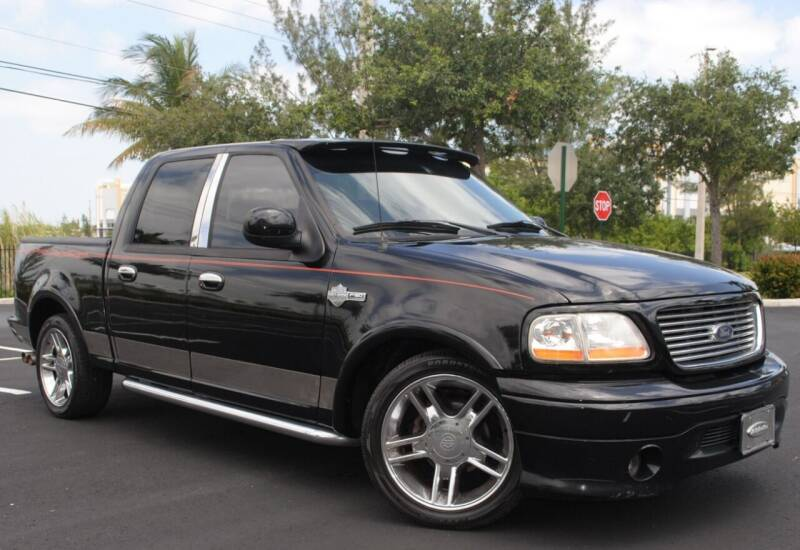 2002 Ford F-150 for sale at Maxicars Auto Sales in West Park FL