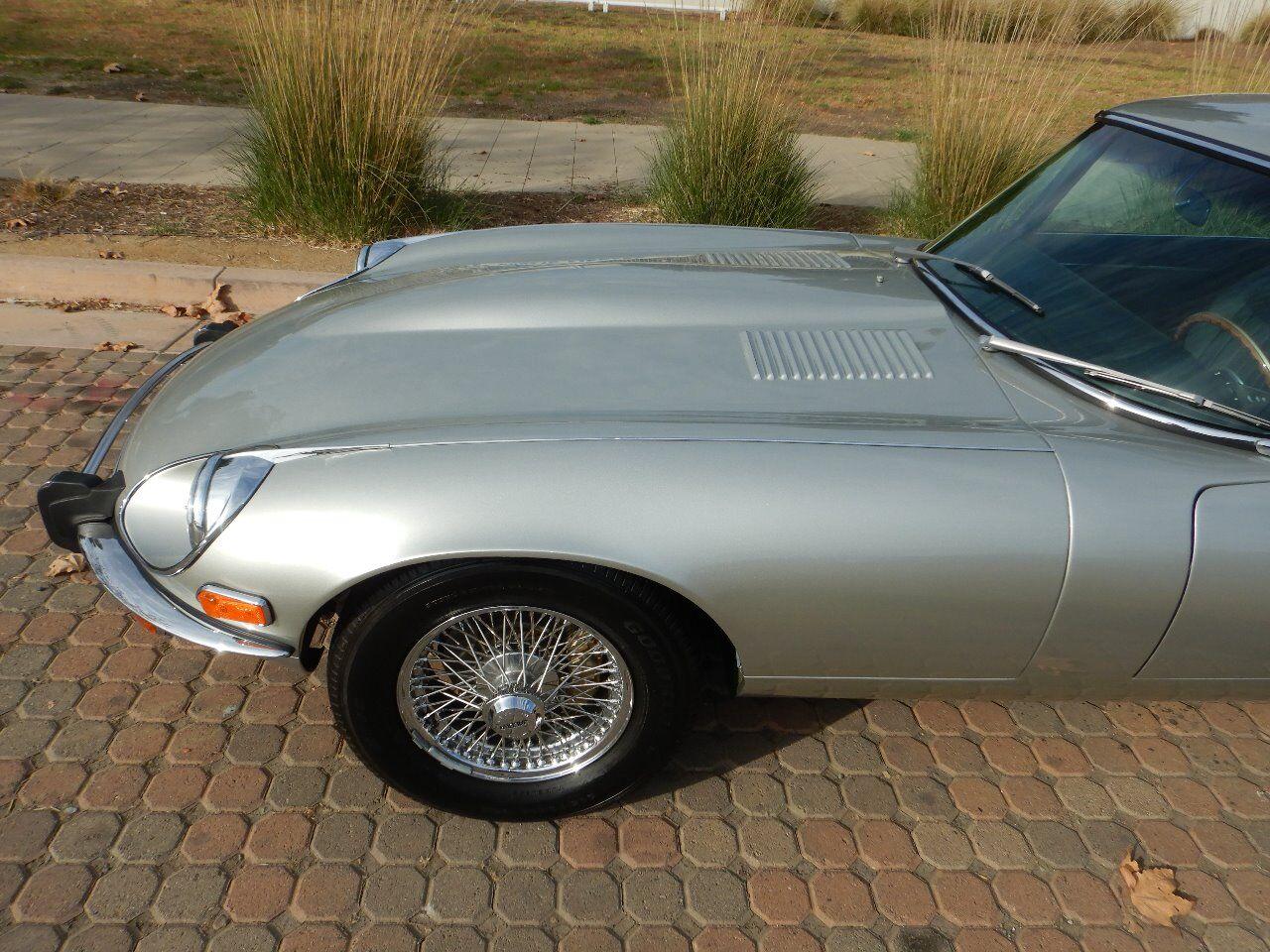 1973 Jaguar XKE 11
