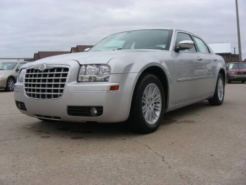 2010 Chrysler 300 for sale at EURO MOTORS AUTO DEALER INC in Champaign IL