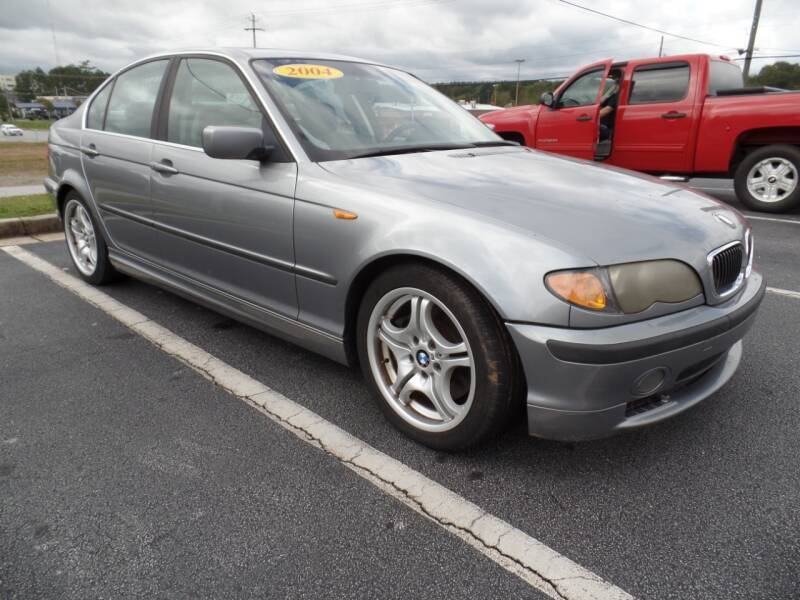 2004 BMW 3 Series for sale at United Automotive Group in Griffin GA