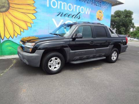 2004 Chevrolet Avalanche for sale at FINISH LINE AUTO SALES in Idaho Falls ID