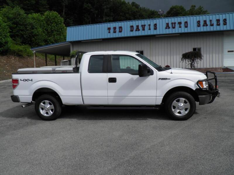 2014 Ford F-150 for sale at Ted Davis Auto Sales in Riverton WV