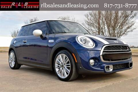 2018 MINI Hardtop 2 Door for sale at RLB Sales and Leasing in Fort Worth TX