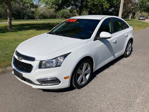 2015 Chevrolet Cruze for sale at BELOW BOOK AUTO SALES in Idaho Falls ID