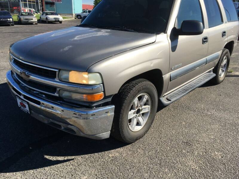 2002 Chevrolet Tahoe for sale at HUM MOTORS in Caldwell ID