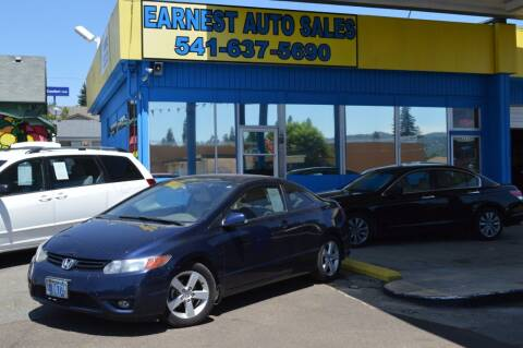 2006 Honda Civic for sale at Earnest Auto Sales in Roseburg OR