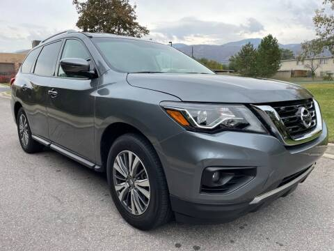 2020 Nissan Pathfinder for sale at A.I. Monroe Auto Sales in Bountiful UT