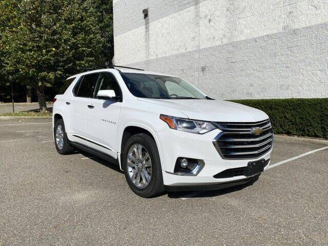 2018 Chevrolet Traverse for sale at Select Auto in Smithtown NY