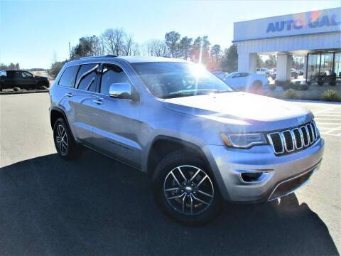 2017 Jeep Grand Cherokee for sale at Auto Gallery Chevrolet in Commerce GA