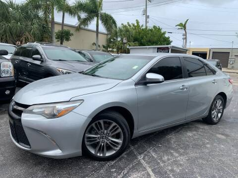 2015 Toyota Camry for sale at Citywide Auto Group LLC in Pompano Beach FL