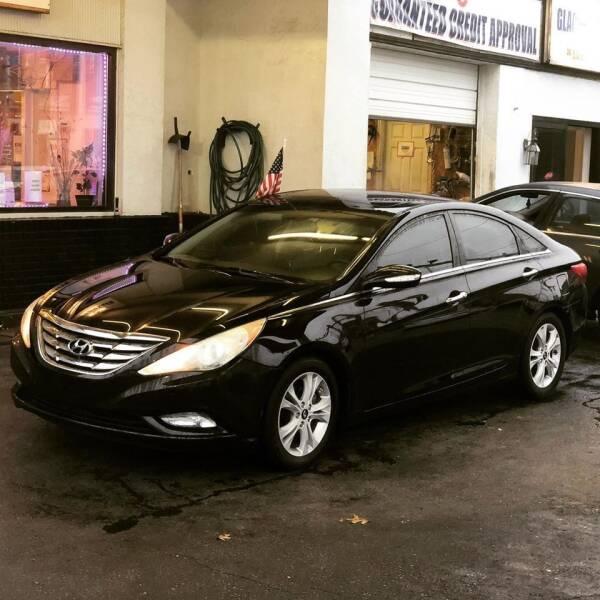2011 Hyundai Sonata for sale at Glacier Auto Sales in Wilmington DE