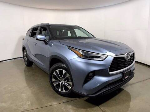2021 Toyota Highlander for sale at Smart Motors in Madison WI