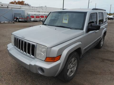 2007 Jeep Commander for sale at AUGE'S SALES AND SERVICE in Belen NM