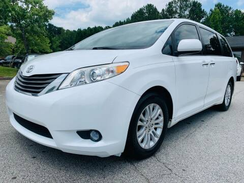 2011 Toyota Sienna for sale at Classic Luxury Motors in Buford GA