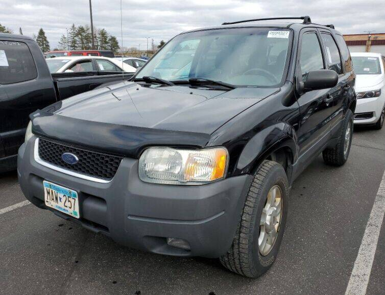 2004 Ford Escape for sale at Green Light Auto in Sioux Falls SD