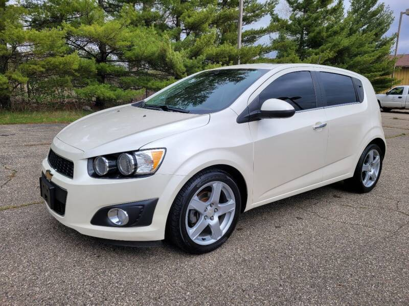 2015 Chevrolet Sonic for sale at Finish Line Auto Sales Inc. in Lapeer MI