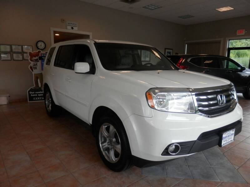 2012 Honda Pilot for sale at ABSOLUTE AUTO CENTER in Berlin CT