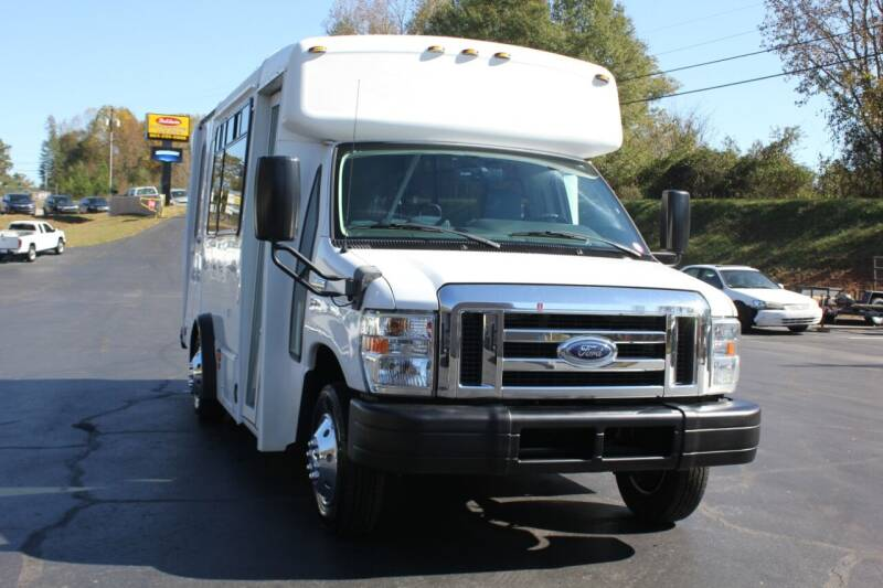 2013 Ford E-Series Chassis for sale at Baldwin Automotive LLC in Greenville SC