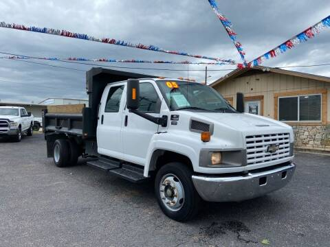 2005 Chevrolet C4500 for sale at The Trading Post in San Marcos TX