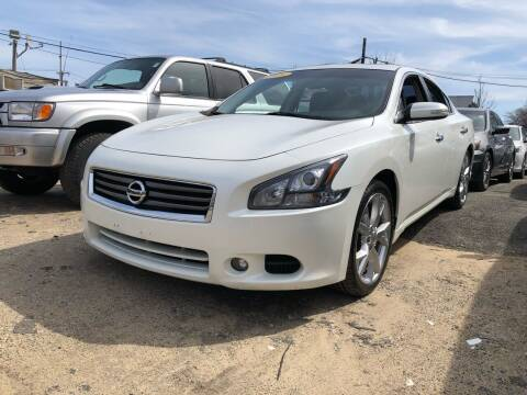 2014 Nissan Maxima for sale at OFIER AUTO SALES in Freeport NY