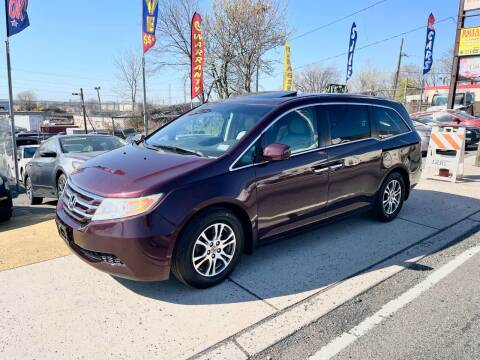 2011 Honda Odyssey for sale at JR Used Auto Sales in North Bergen NJ