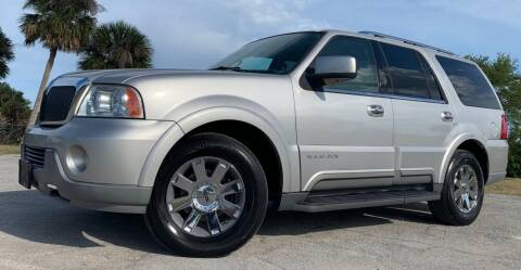 2003 Lincoln Navigator for sale at PennSpeed in New Smyrna Beach FL
