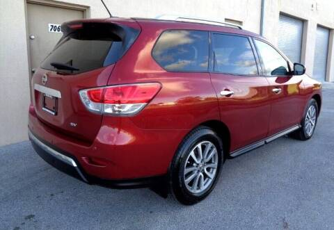 2014 Nissan Pathfinder for sale at Selective Motor Cars in Miami FL