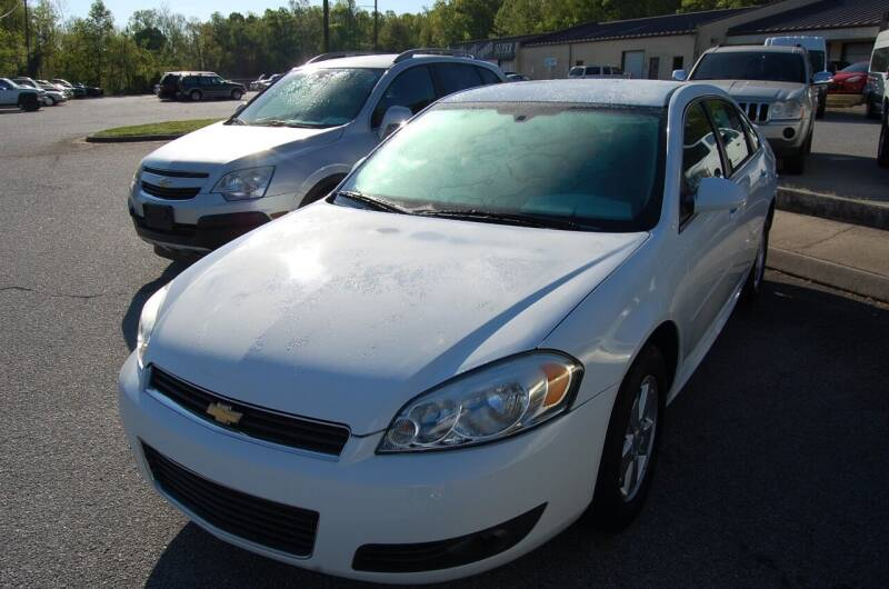 2010 Chevrolet Impala for sale at Modern Motors - Thomasville INC in Thomasville NC