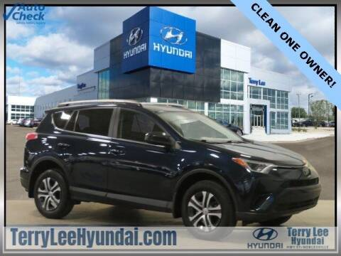 2018 Toyota RAV4 for sale at Terry Lee Hyundai in Noblesville IN