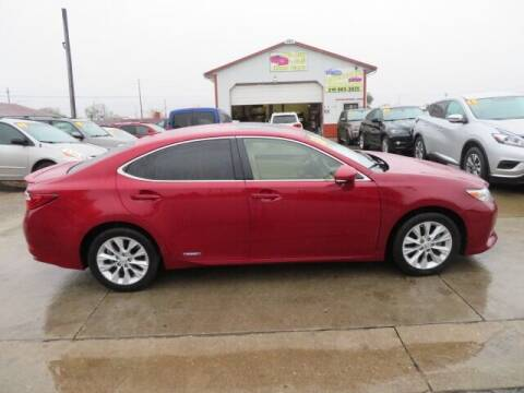 2013 Lexus ES 300h for sale at Jefferson St Motors in Waterloo IA