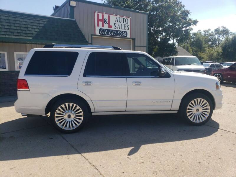 2016 Lincoln Navigator for sale at H & L AUTO SALES LLC in Wyoming MI