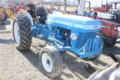 1984 Ford 3910 for sale at Vehicle Network - Joe's Tractor Sales in Thomasville NC