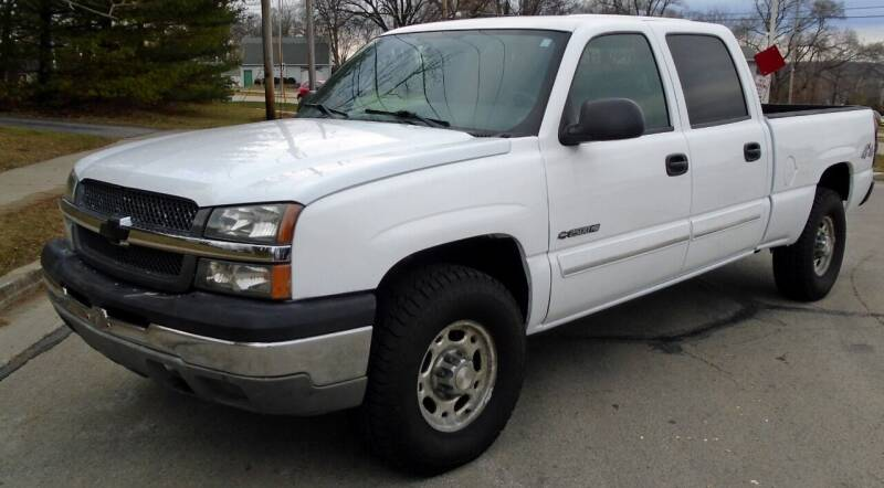2004 Chevrolet Silverado 2500 for sale at Waukeshas Best Used Cars in Waukesha WI