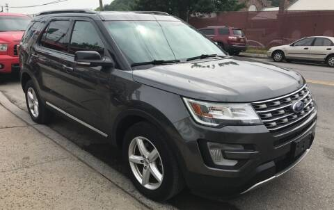 2017 Ford Explorer for sale at Deleon Mich Auto Sales in Yonkers NY
