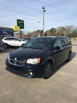 2017 Dodge Grand Caravan for sale at Safeway Motors Sales in Laurinburg NC
